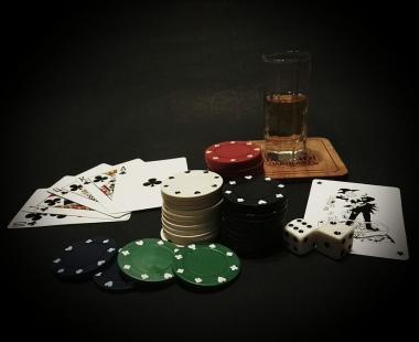 Secure on line gambling hollywood casino columbus poker